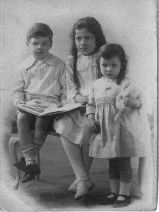 McGuire, Tommy, Kathleen, Margaret (peggy) © 1916